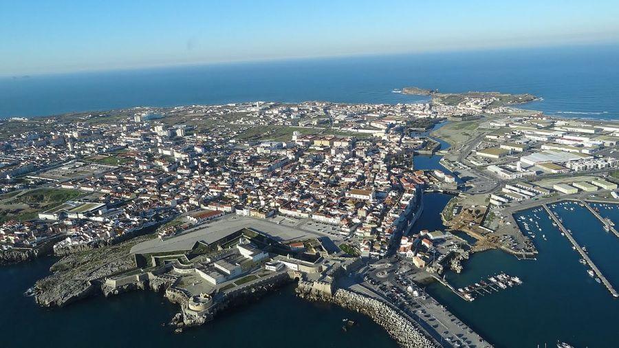Peniche_-_Portugal_-_panoramio