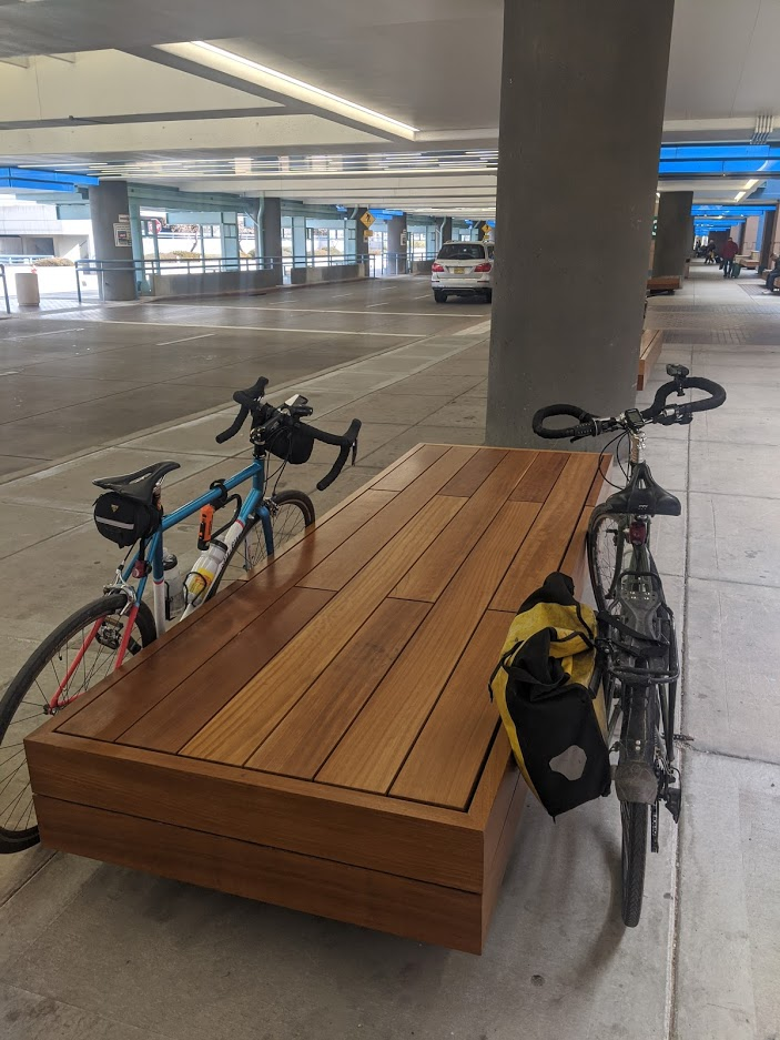 airport bike supports