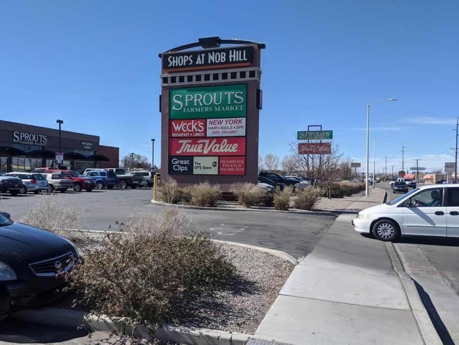 shops at nob hill 1