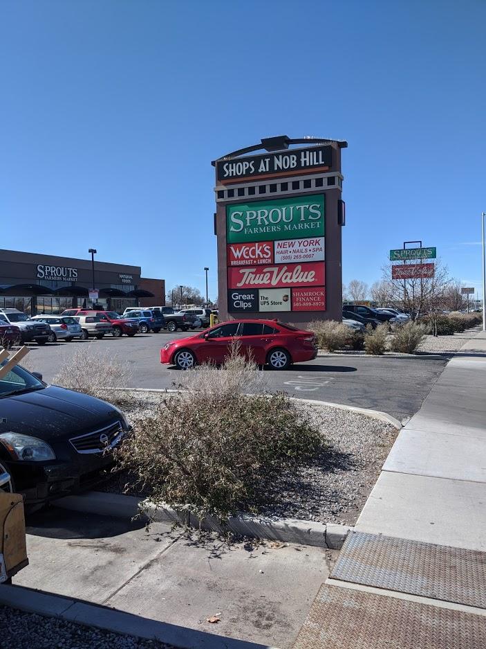shops at nob hill 2